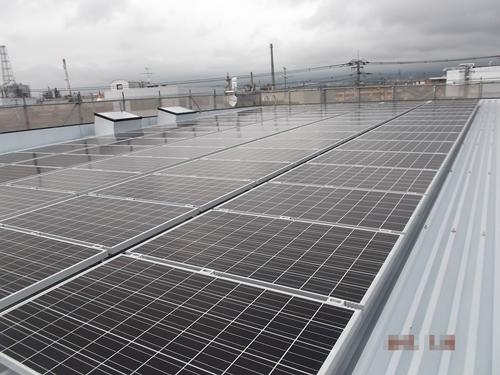 新築の店舗兼住宅に大容量太陽光発電システム設置/富士市 加藤ホンダ様